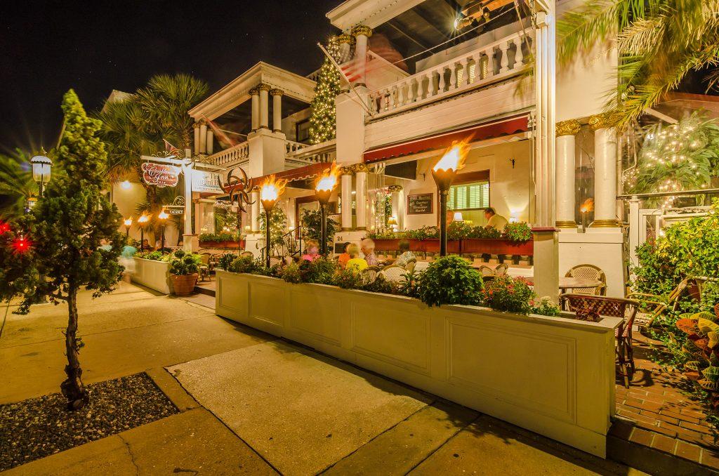 Casa Blanca - Haunted Inn Unique things to do Florida